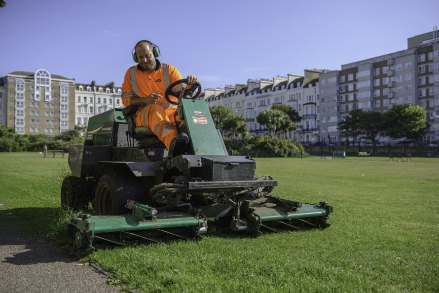 idverde Grass Cutting Services